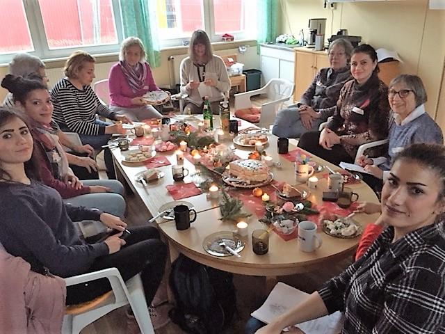 1812_Weihnachten im Frauencafe1